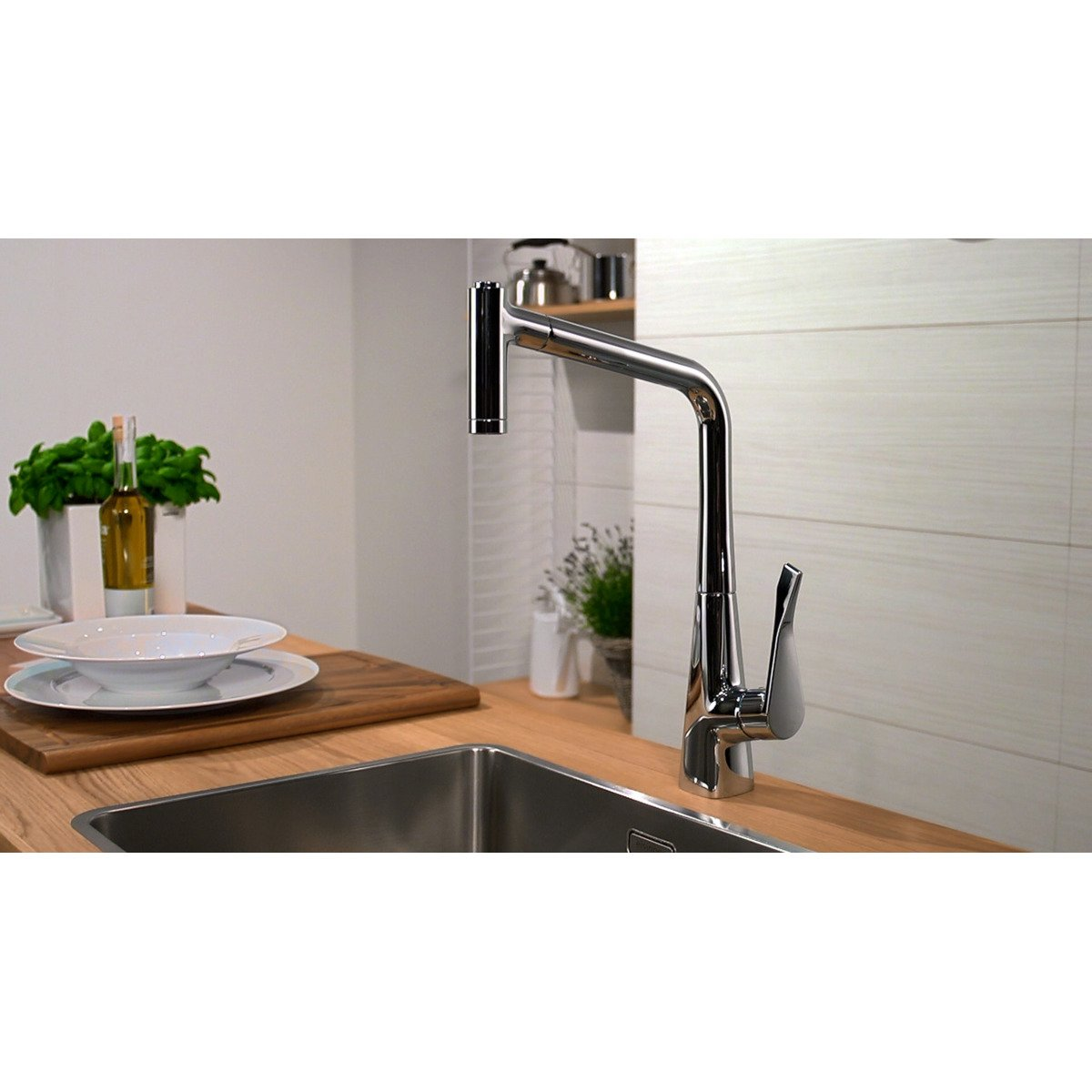 hansgrohe metris robinet de cuisine avec douchette extractible chrome 14820000. Black Bedroom Furniture Sets. Home Design Ideas
