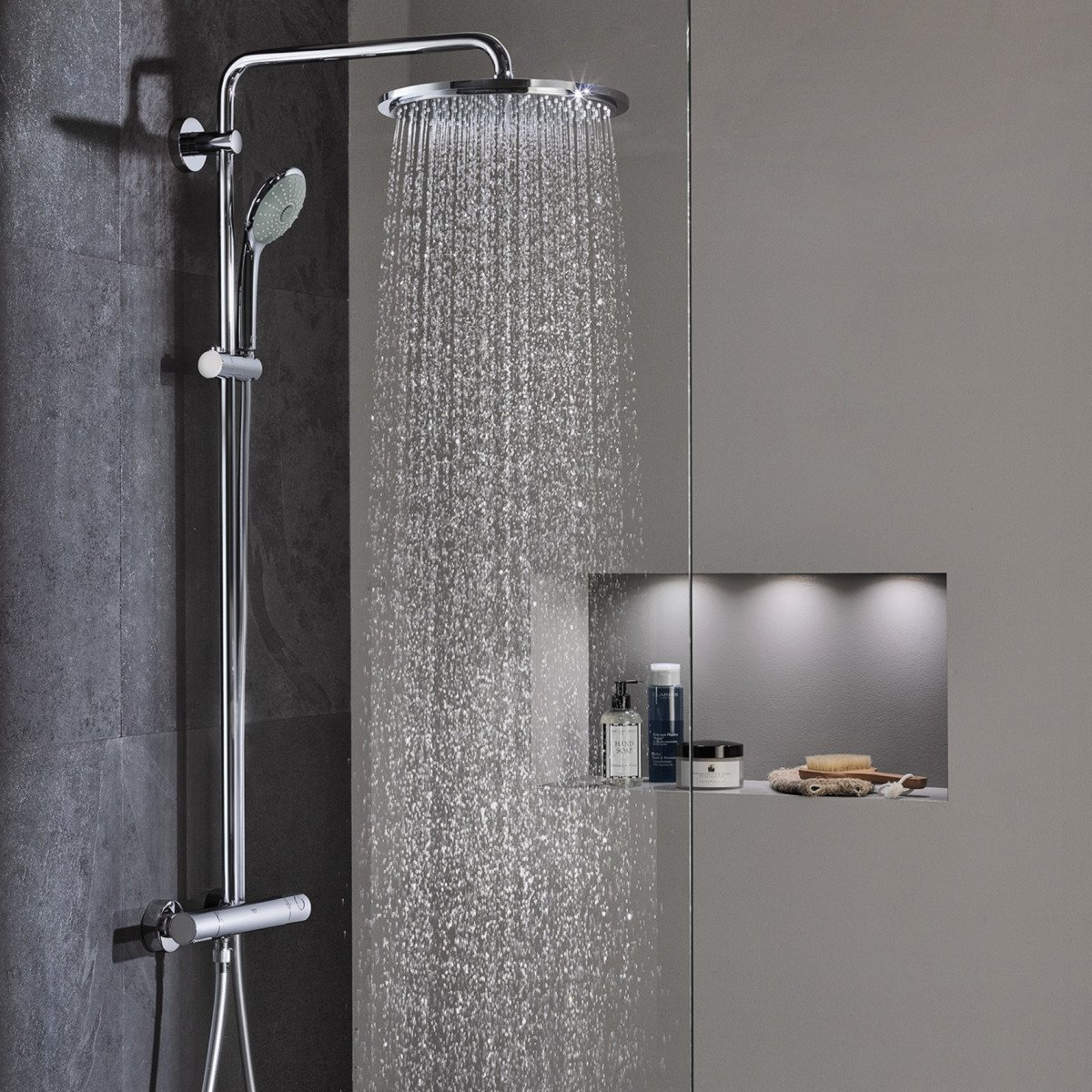 grohe euphoria xxl ensemle de douche avec robinet. Black Bedroom Furniture Sets. Home Design Ideas