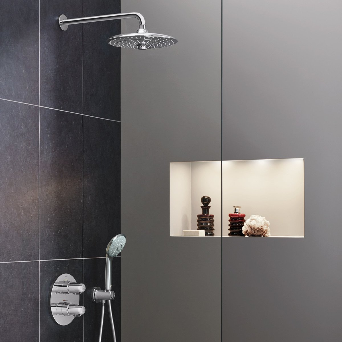 grohe grohe douche de t te 26cm smartcontrol 3 jets avec bras de douche mural 38cm chrome. Black Bedroom Furniture Sets. Home Design Ideas