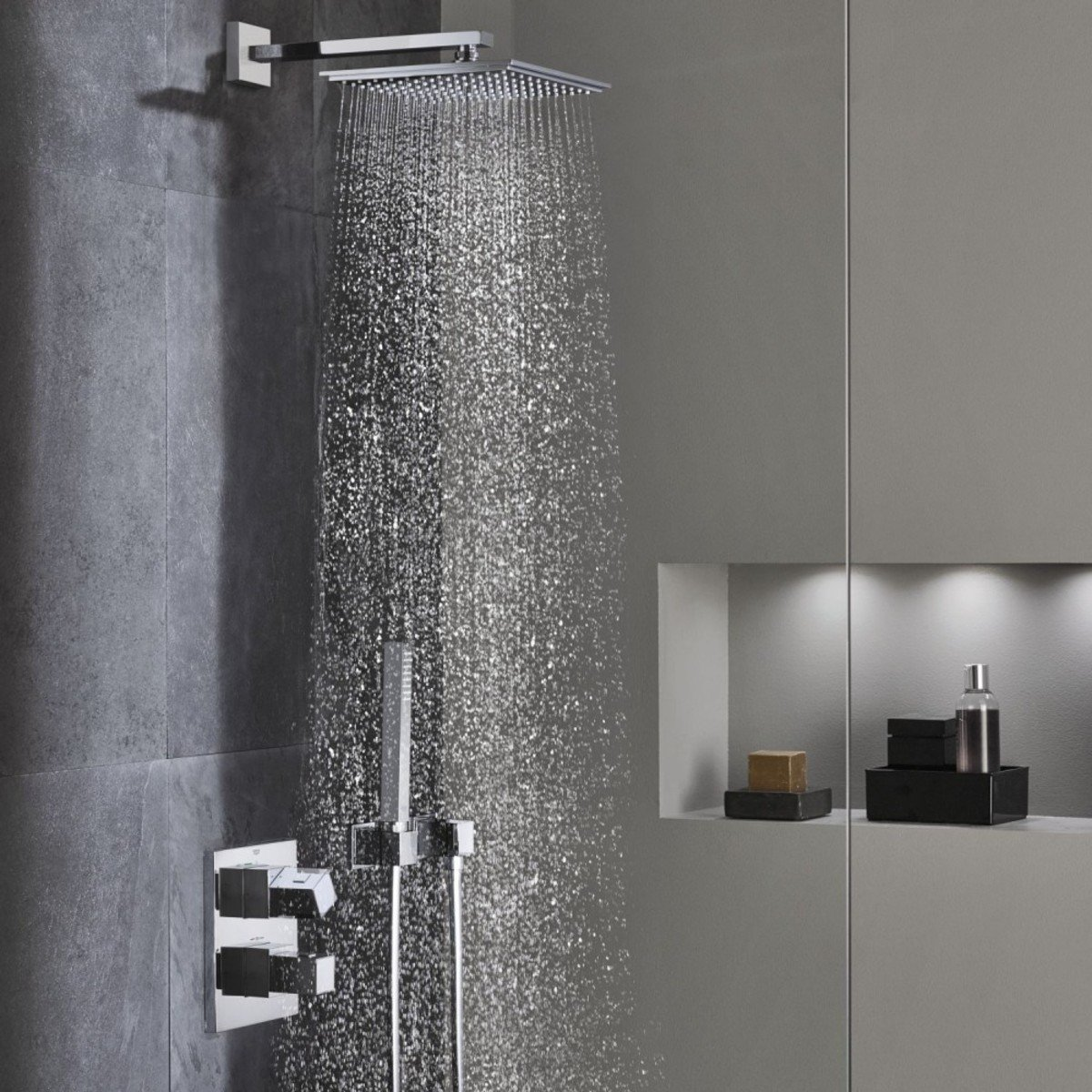 grohe cube perfect inbouw showerset met afbouwdeel. Black Bedroom Furniture Sets. Home Design Ideas