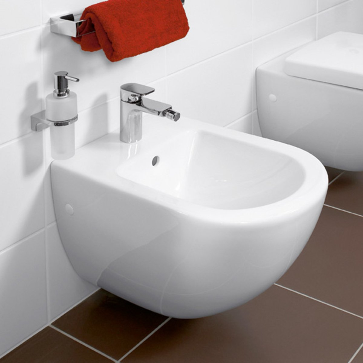 villeroy boch subway bidet mural blanc 74000001. Black Bedroom Furniture Sets. Home Design Ideas
