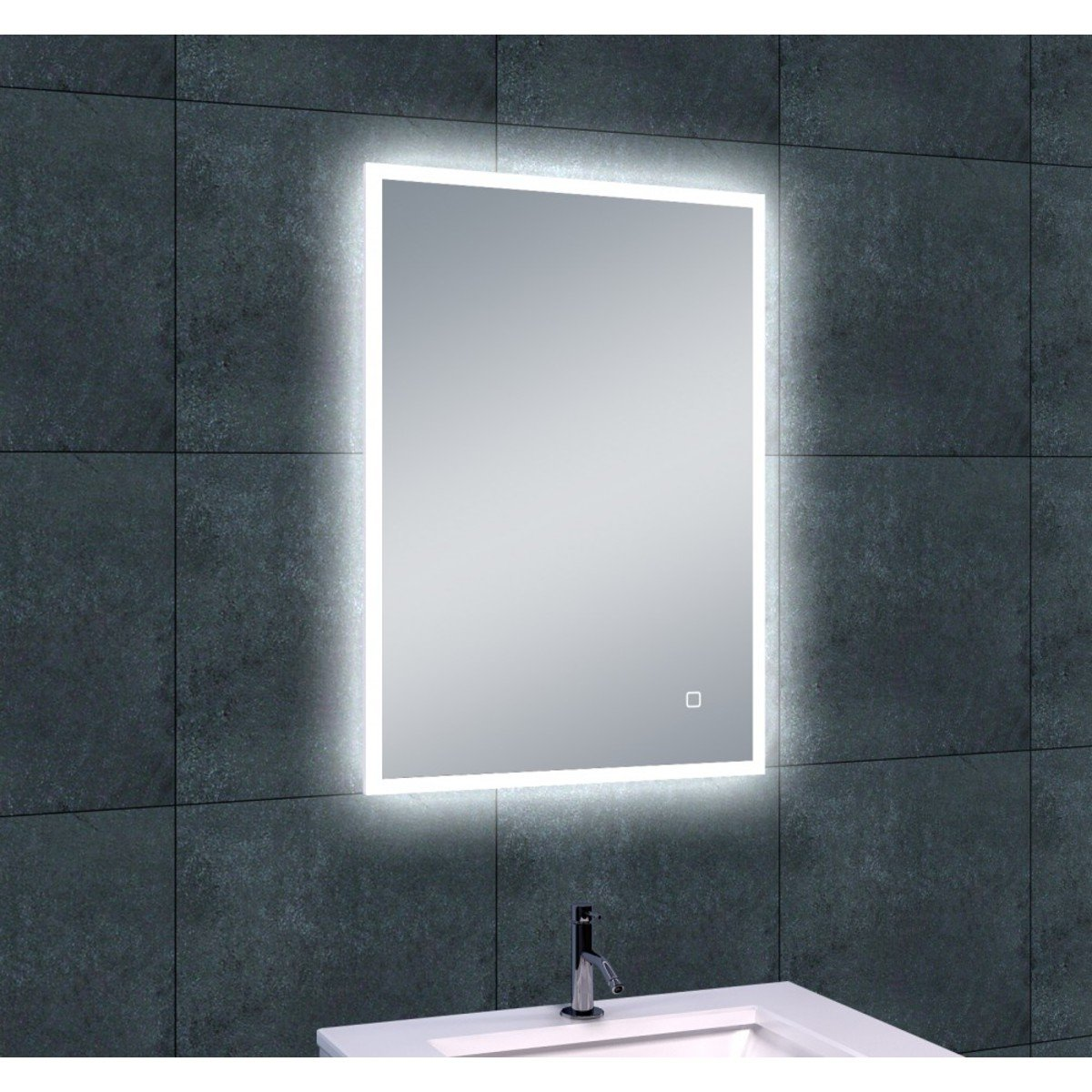 wiesbaden quatro miroir avec clairage led. Black Bedroom Furniture Sets. Home Design Ideas