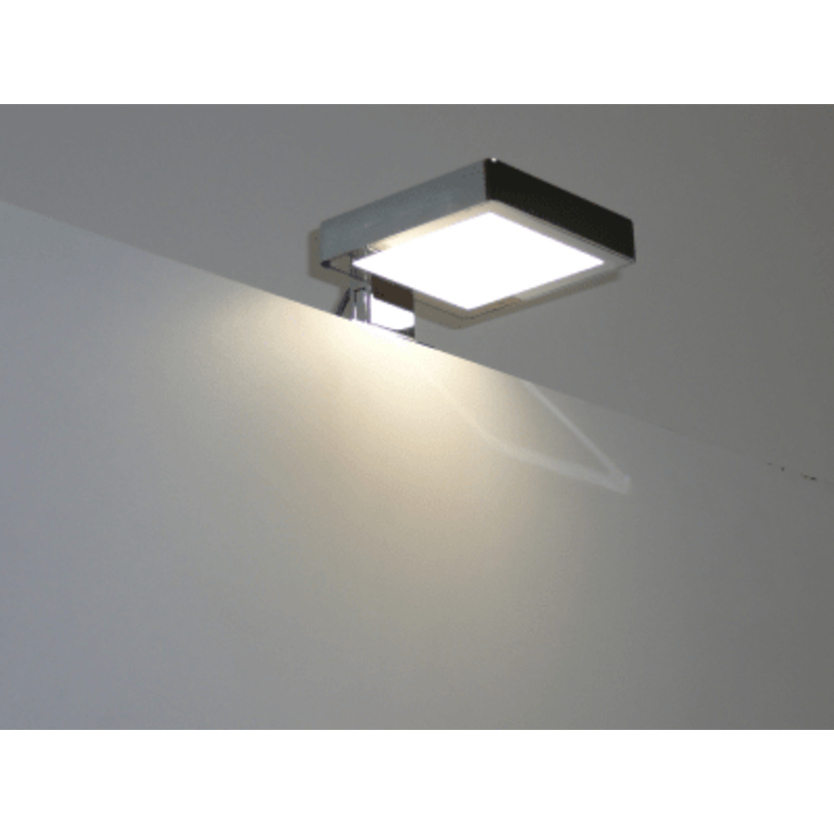 royal plaza freya led verlichting vspiegel spiegelkast 10x9x2 chroom sw158748