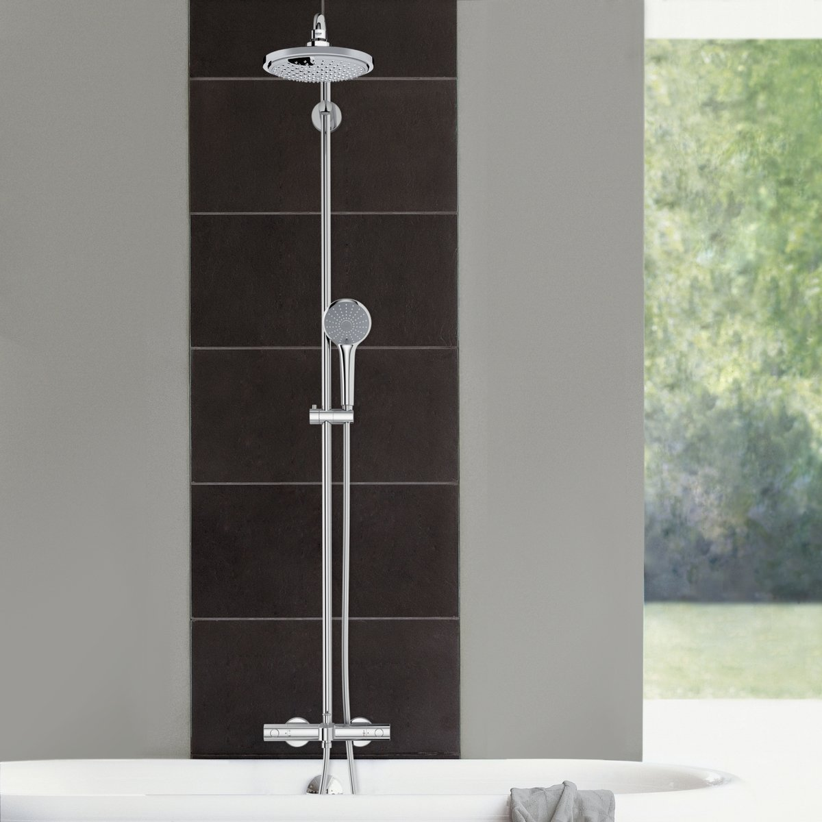 grohe rainshower syst me de douche avec robinet de bain thermostatique avec aquadimmer et douche. Black Bedroom Furniture Sets. Home Design Ideas